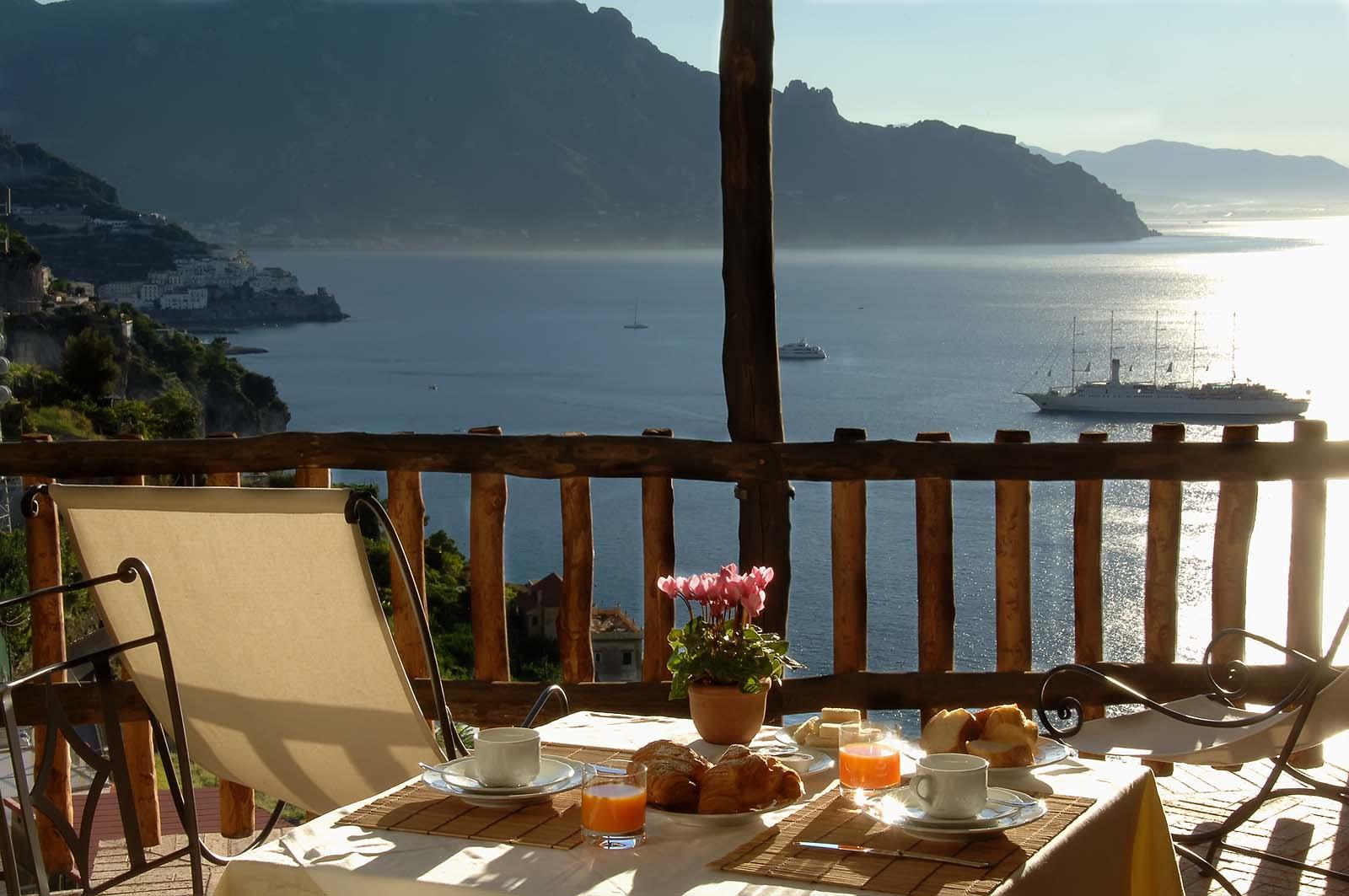 Luxury Villas With Pool In Lazio